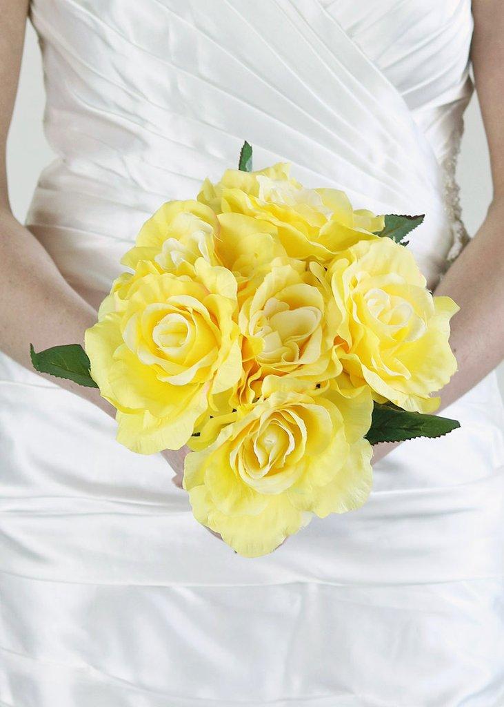 عکس دسته گل عروس رز زرد