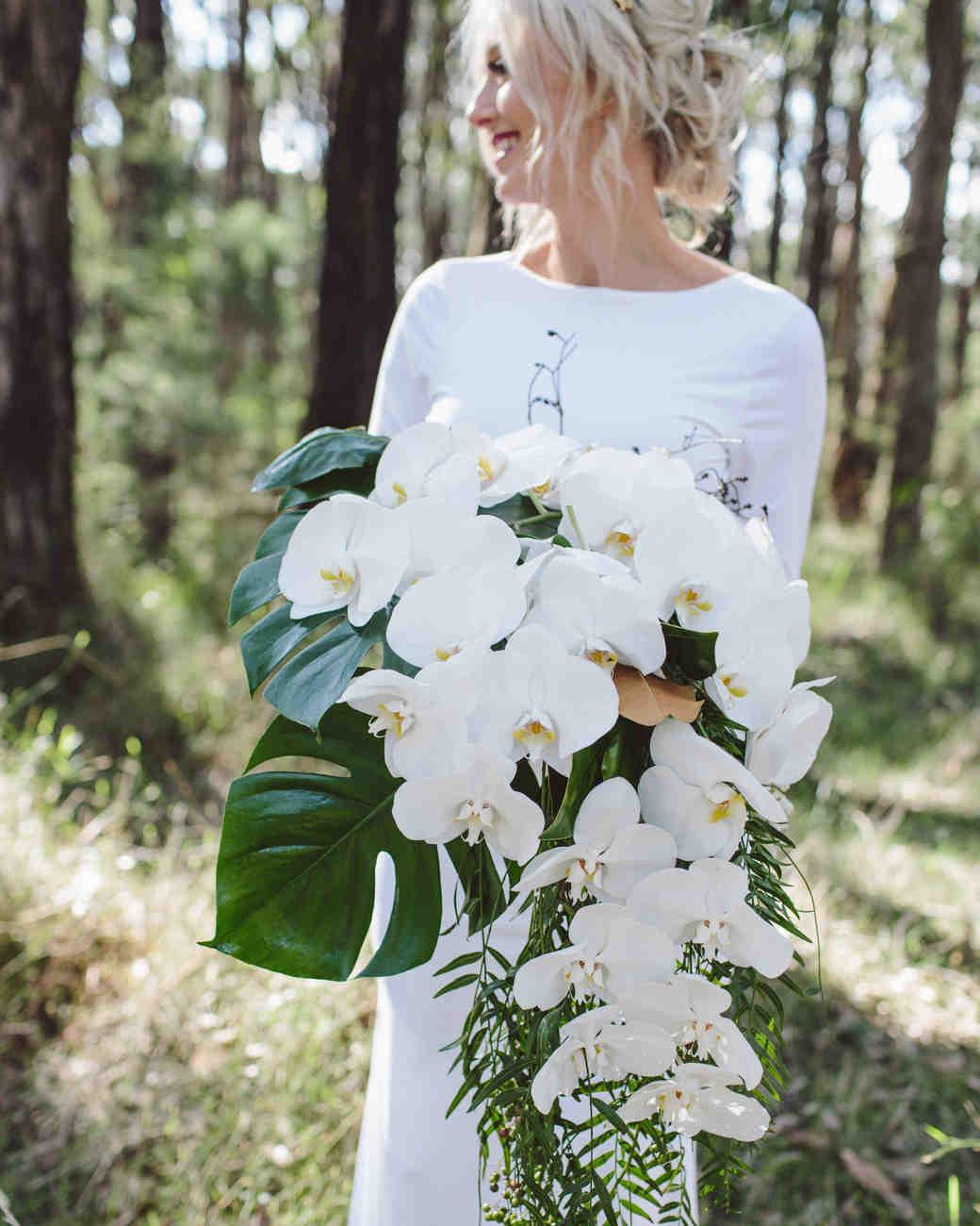 مدل دسته گل شیک عروس با گل ارکیده