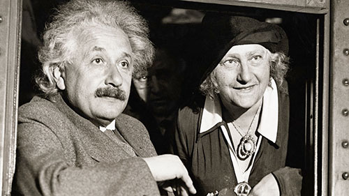 آلبرت انیشتین , آلبرت اینشتین و همسرش