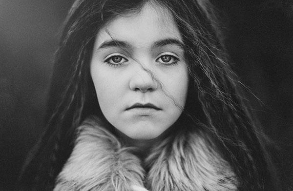 تصاویر هنری سیاه و سفید از چهره دخترانه