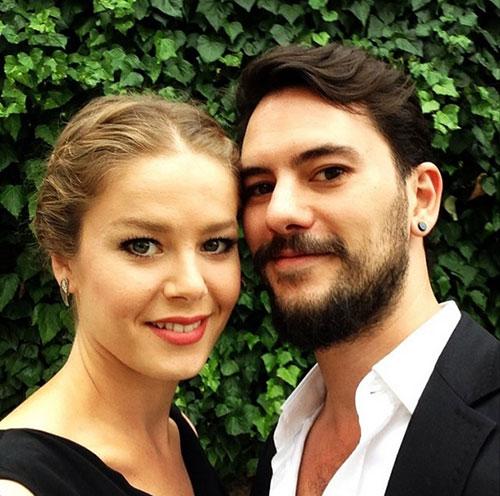 بورجو بیریجیک و همسرش امره یکتین