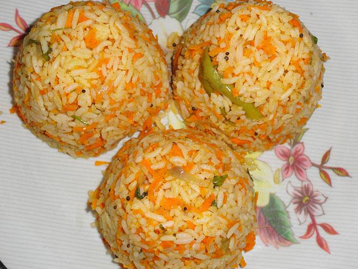طرز تهیه هویج پلو شیرازی