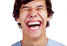 چگونه همیشه بخندیم؟