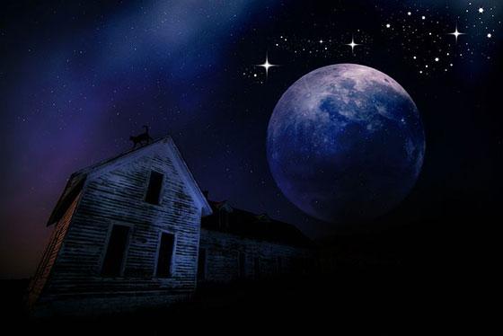 عکس ماه و ستاره ترسناک در شب