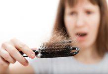به پزشک پوست و مو مراجعه کنید