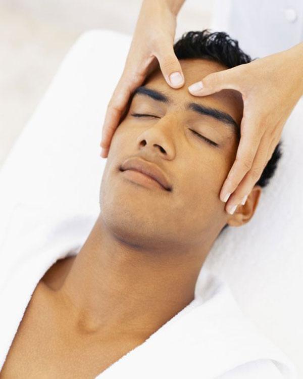 فواید ماساژ پوست و موی سر