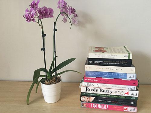 کادو روز زن : کتاب