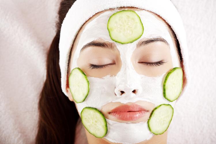 خواص خیار برای پوست صورت و مو