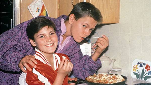 واکین فینیکس و برادرش ریور