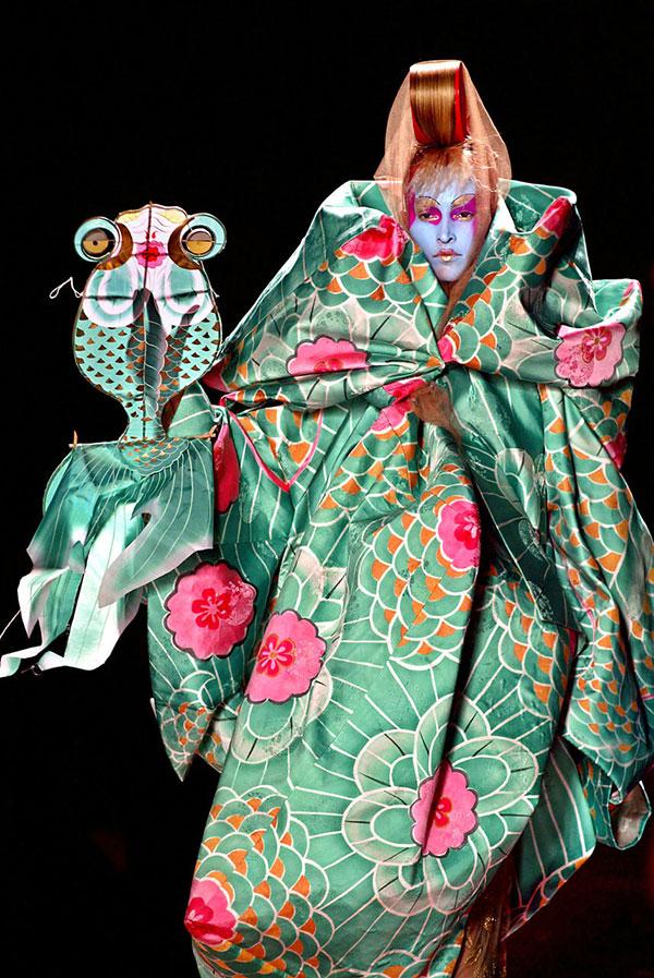 طراحی لباس جان گالیانو