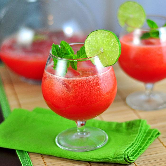 طرز تهیه آب هندوانه و لیمو ترش