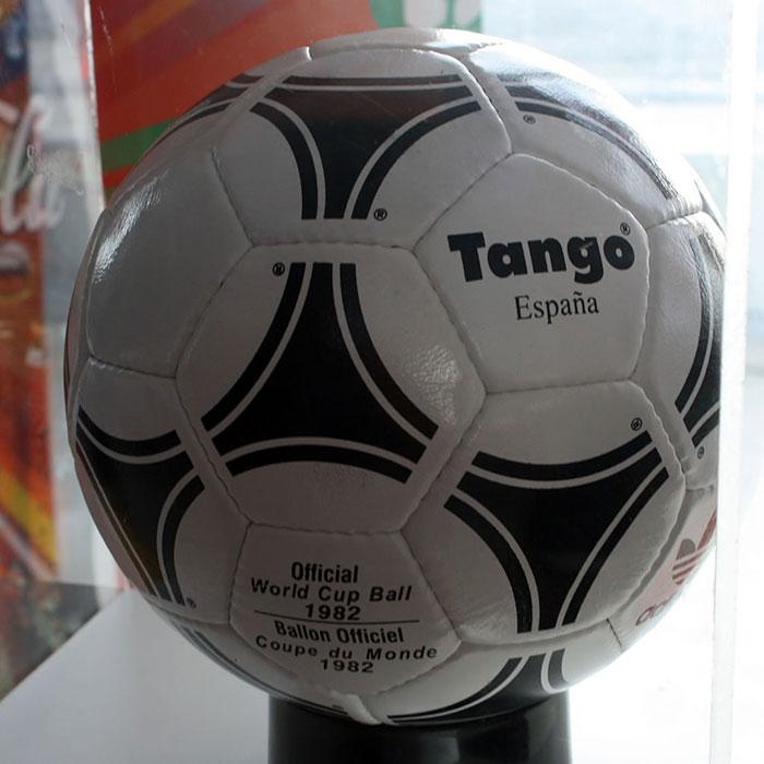 توپ جام جهانی 1982
