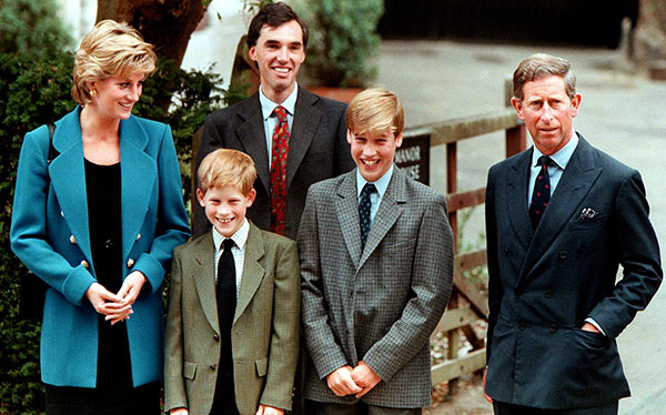 پرنس هری و پدر و مادر و برادرش ویلیام