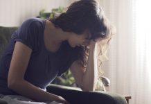علائم کمبود ویتامین B12 : افسردگی