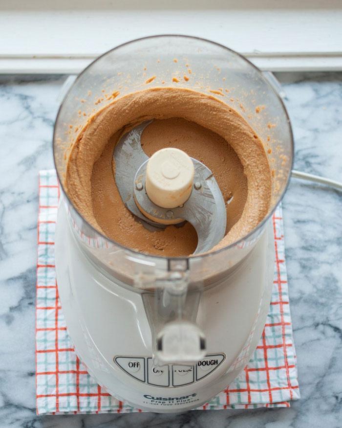 طرز تهیه کره بادام زمینی ساده