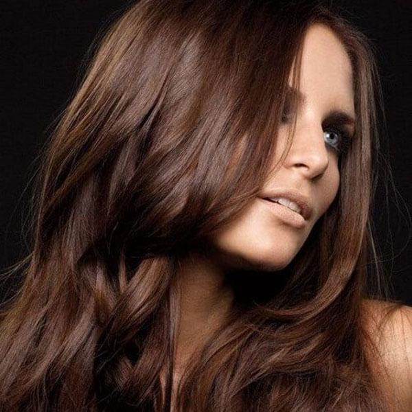 چگونه با حنا و قهوه رنگ مو های خود را قهوه ای تیره کنیم؟