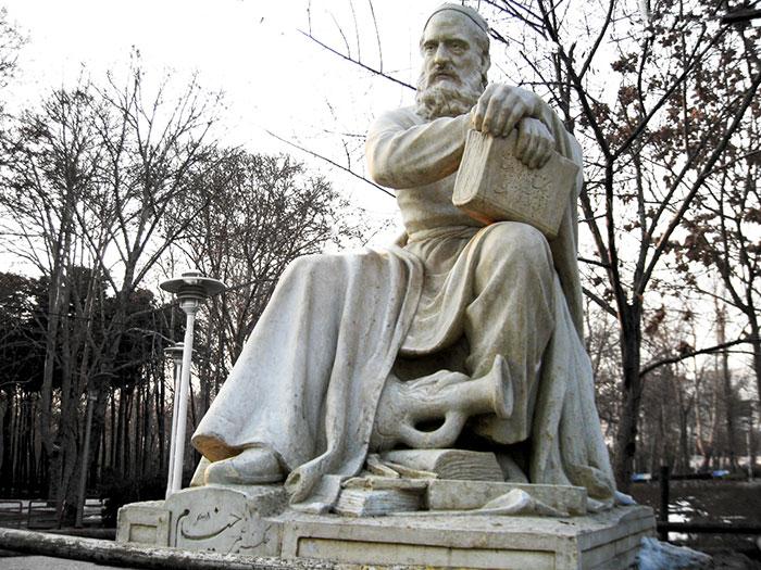 نگاهی به زندگی حکیم عمر خیام نیشابوری دانشمند و شاعر ایرانی