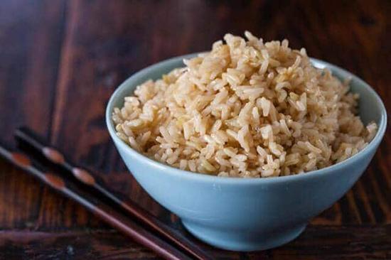 طرز پخت برنج قهوه ای در مایکروفر