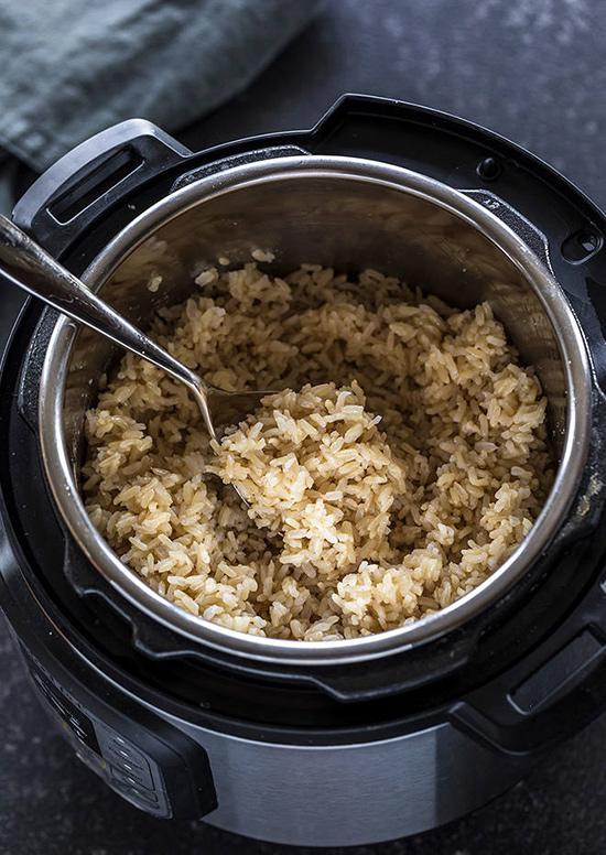 طرز پخت برنج قهوه ای در پلوپز