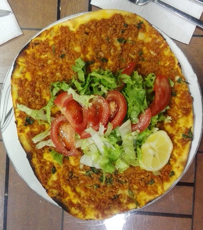پیتزای گیاهی خوشمره با سویا