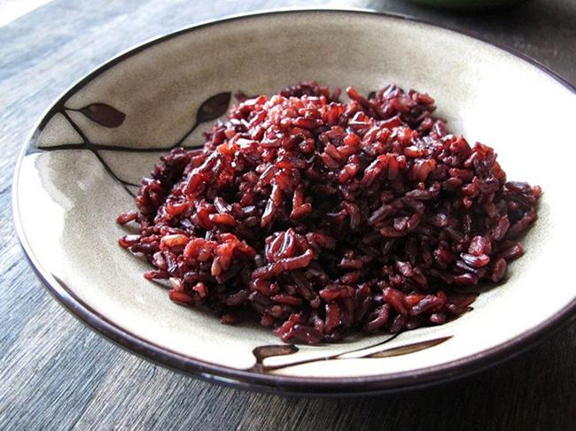 روش آبکش کردن برنج سیاه