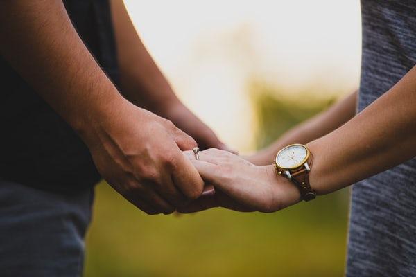 تصاویر عاشقانه دست تو دست هم
