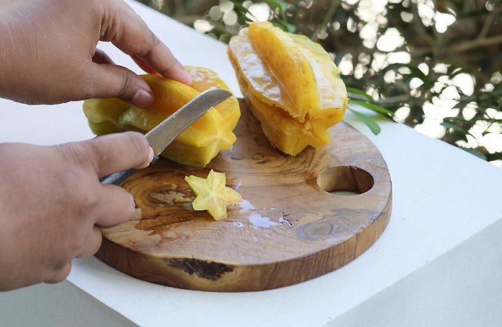روش خوردن و مصرف میوه ستاره ای