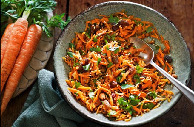 طرز تهیه سالاد هویج هندی