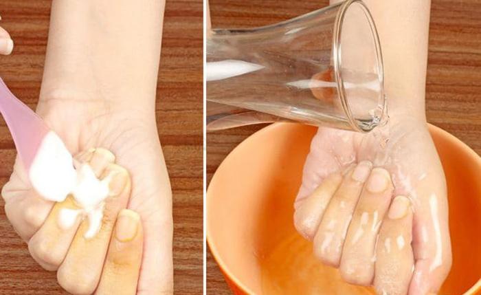 پاک کردن رنگ زردچوبه از روی ناخن : جوش شیرین