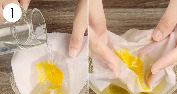 پاک کردن زردچوبه از لباس : جوش شیرین