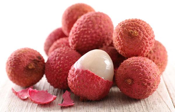 خواص و عکس میوه سرخالو