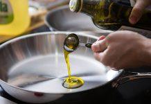 آیا روغن زیتون برای پخت و پز غذا مناسب است؟
