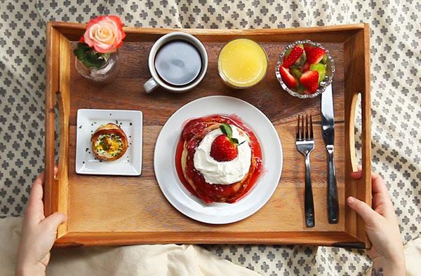 صبحانه روز تولد