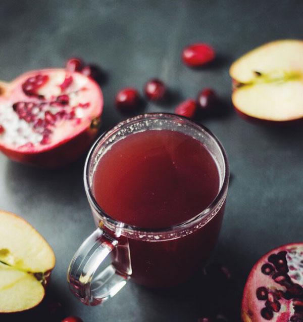 طرز تهیه آب سیب و انار