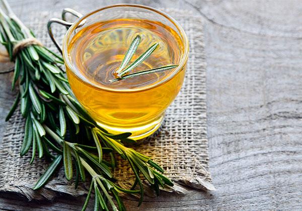 چگونه چای رزماری درست کنیم؟