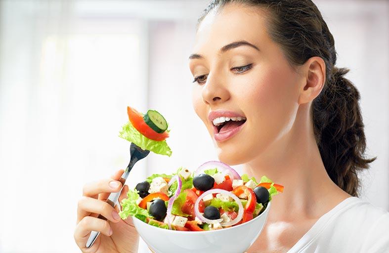 آهسته غذا خوردن و لاغری