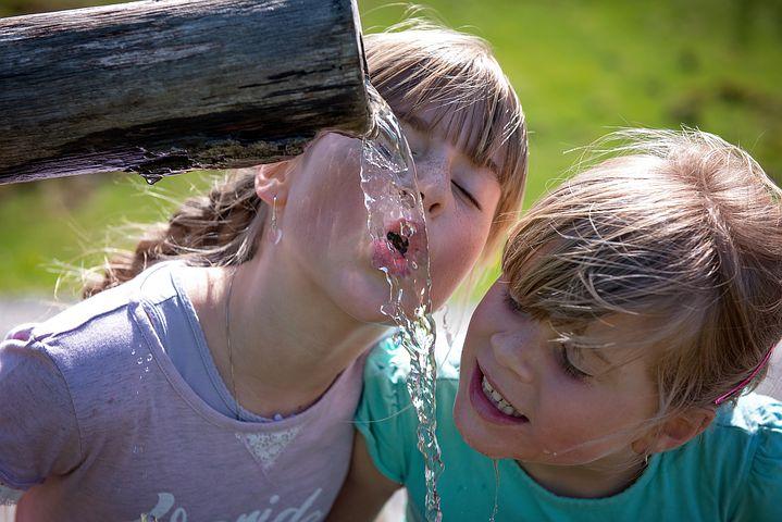 چگونه آب بیشتری بخوریم