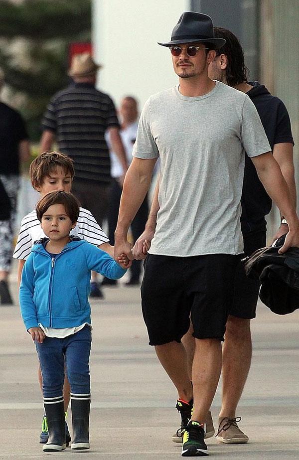 اورلاندو بلوم و پسرش